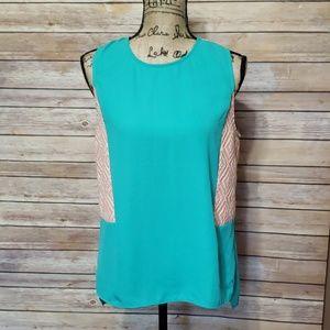 HTML Sleevless Tunic